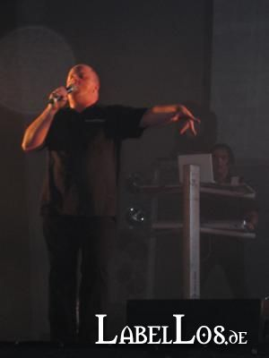 meraluna_2005_031_vnv_nation