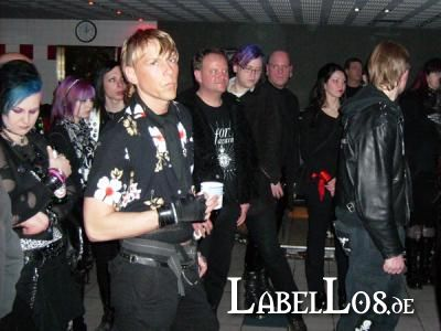 21_Ghost_Dance_06-03-2009