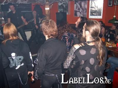 TOTENKUSCHELN_Halloween_24-10-2009_Ilmenau_025_Dryland