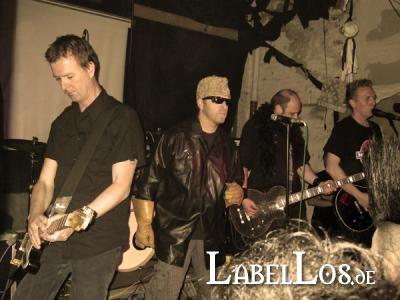 039_Gothic_Pogo_Festival_2010_Red_Zebra