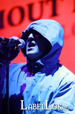 209_front242