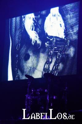 218_front242