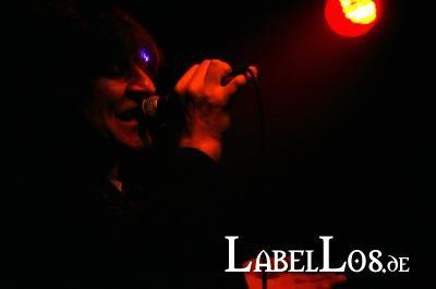 023_2012-04-09_the-chameleons-vox
