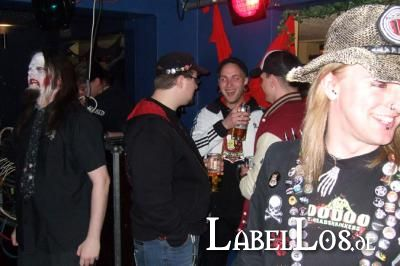 017_Graveyard-Rodeo_2012-04-15_Outtake