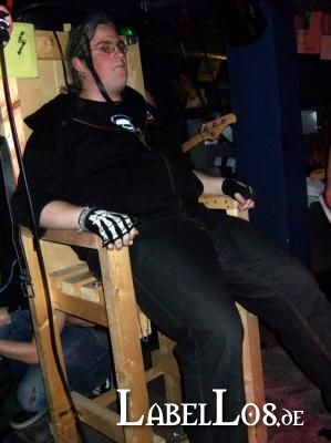 085_Graveyard-Rodeo_2012-04-15_Dead-United