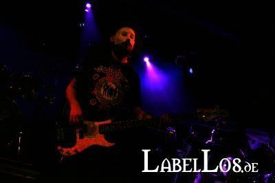 005_cold-insanity_2012-12-01_christine-plays-viola