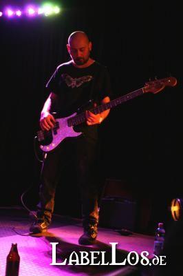 002_Emergency-Exit-Festival_2013-03-30_Christine-Plays-Viola